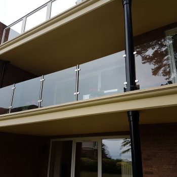 Glass railings, perfect for balconies